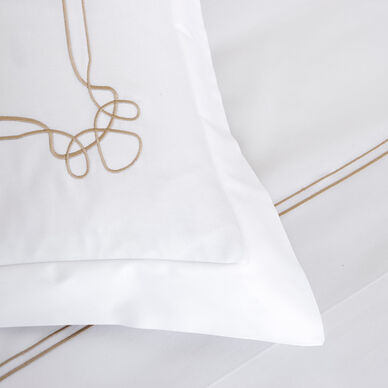 Sirmione Embroidered Sheet Set hover image