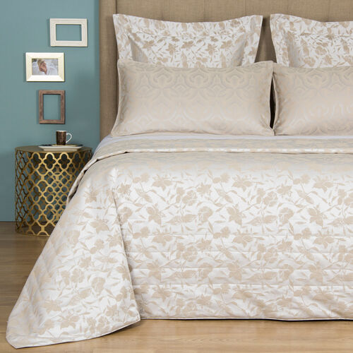 Valentina Light Quilt