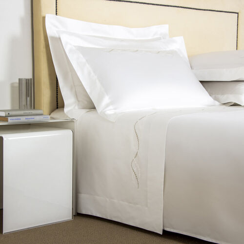 Luminescent Pearls Embroidered Sheet Set