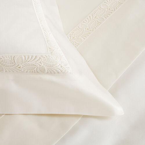 Spira Lace Sheet Set
