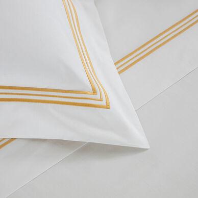Triplo Bourdon Pillowcase hover image