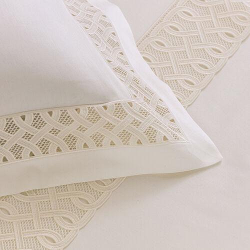 Auspicious Lace Duvet Cover