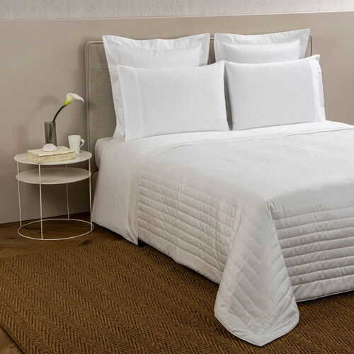 Imperial Light Quilt White