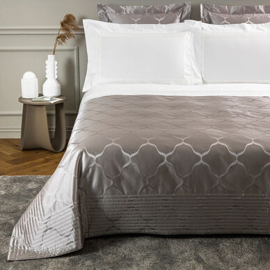 Luxury Domes Light Quilt image