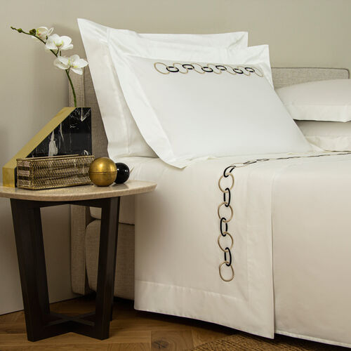 Links Embroidered Sheet Set