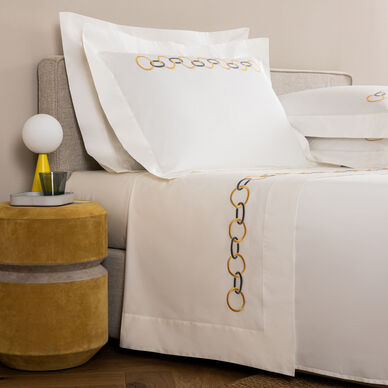 Links Embroidered Sheet Set image