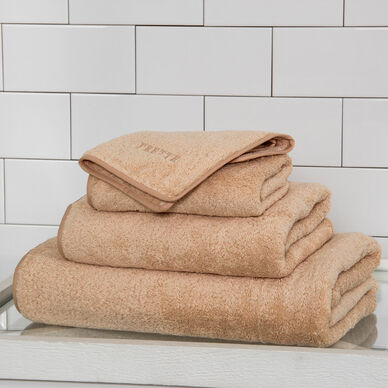 Unito Bath Towel image