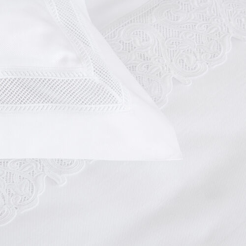 Ornate Medallion Lace Sham