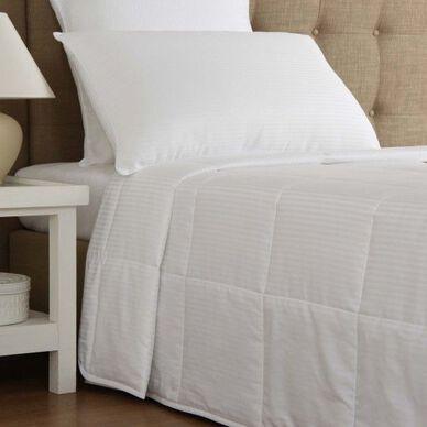 Nuvola Medium Down Alternative Comforter