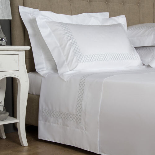 Incantesimo Embroidered Sheet Set