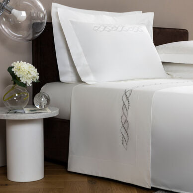 Pearls Embroidered Sheet Set image
