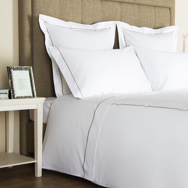 One Bourdon Sheet Set