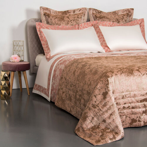 Romantic Aura Duvet Cover
