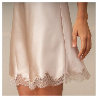 Serenissima Short Nightgown hover image