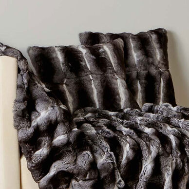 Luxury Glorious Fur Decorative Pillow