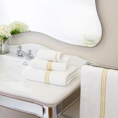 Triplo Bourdon Bath Mat hover image