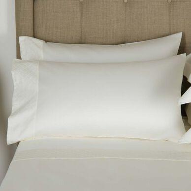 Savona Pillowcase Set Ivory