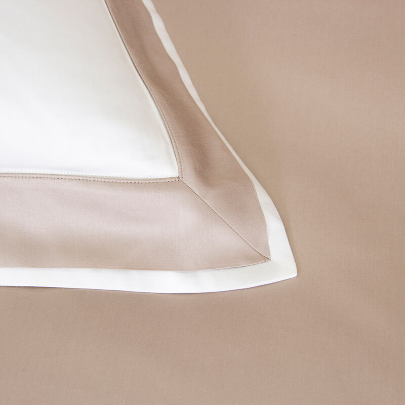 Flying Duvet Cover