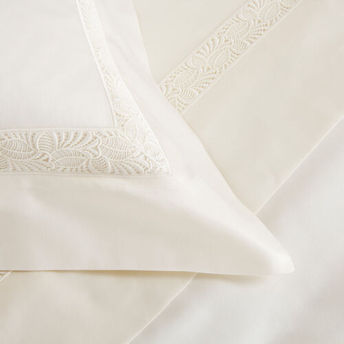 Spira Lace Duvet Cover