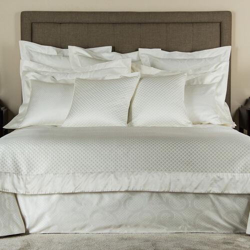 Illusione Decorative Pillow