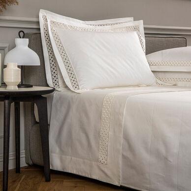 Lozenge Lace Sheet Set image