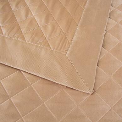 Luxury Lozenge Bedspread hover image