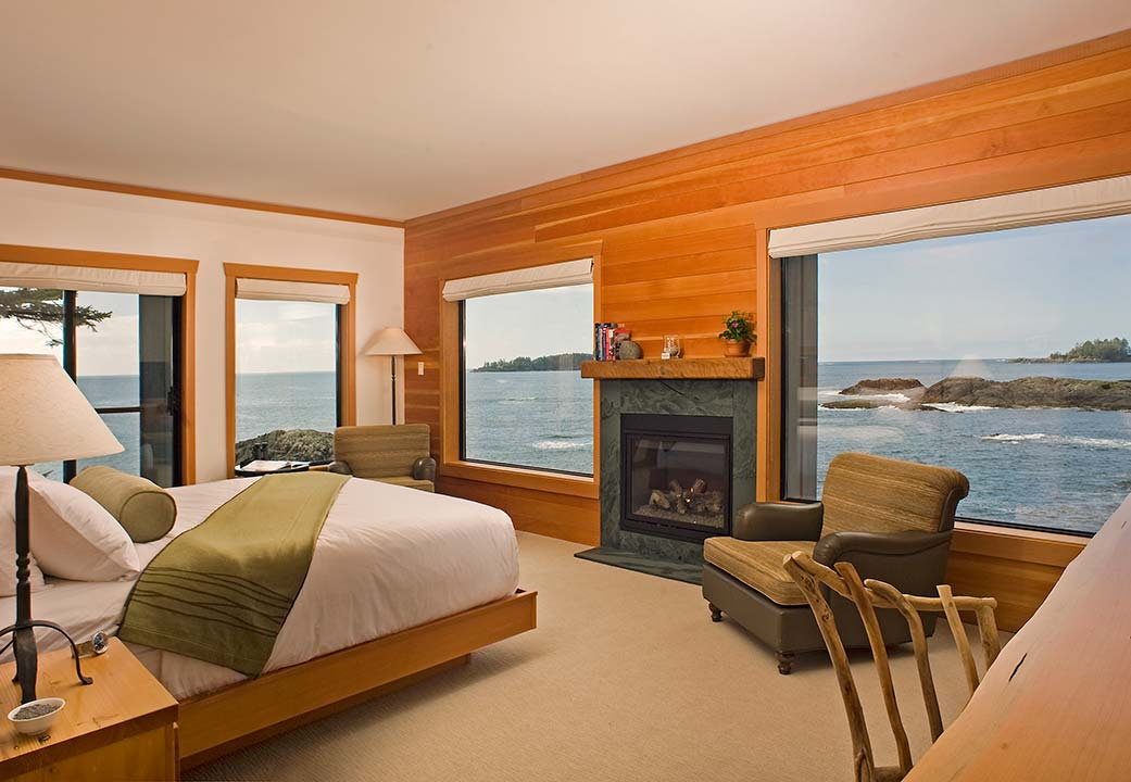 Guest room at Wickaninnish Inn