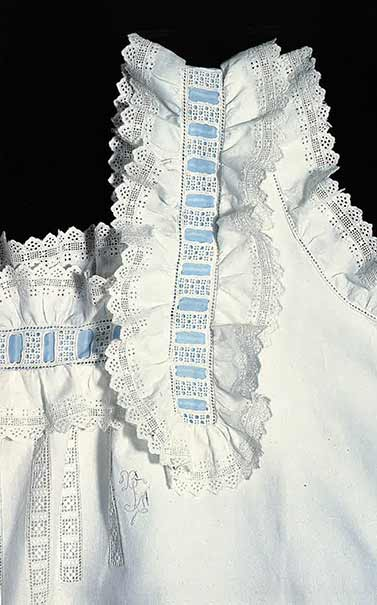 Marie Therese Frette Beaux bridal nightgown 1898