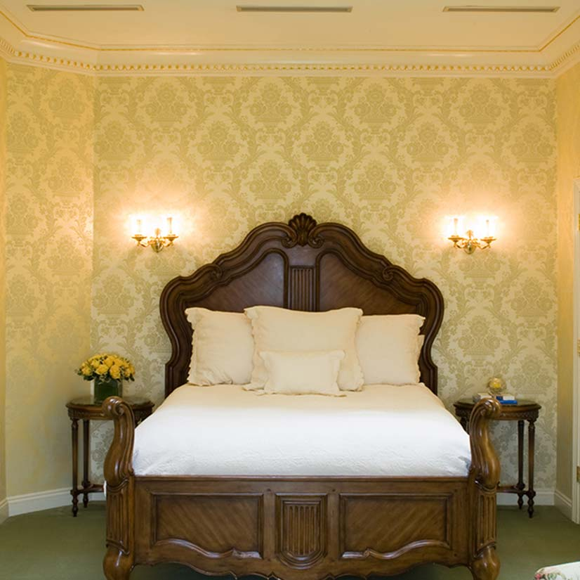 Oheka Castle guest room